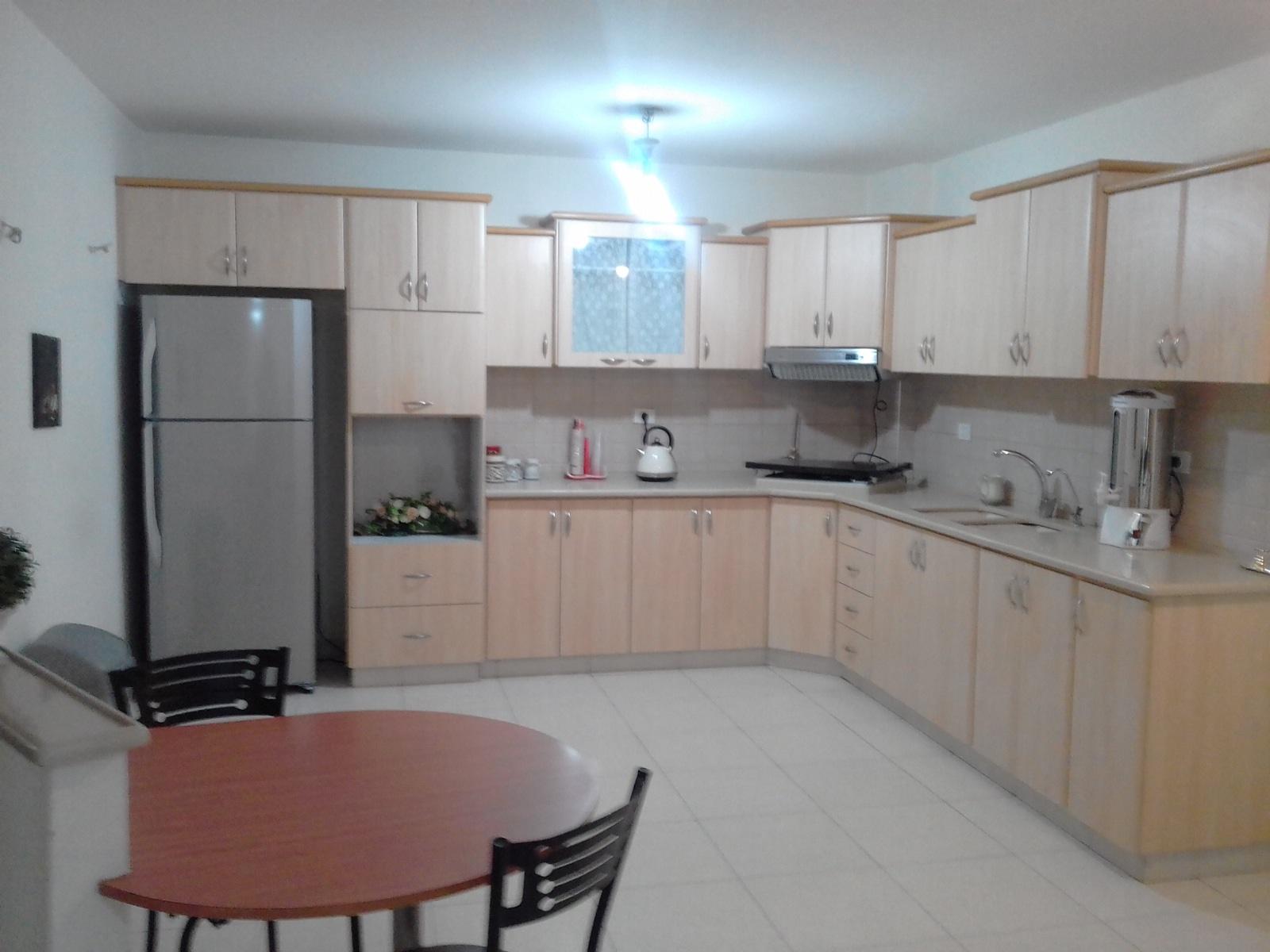 דירות נופש לחרדים בטבריה בלב טבריה מול הכנרת שוכנות שני דירות נופש מושקעות ומטופחות. דגש מיוחד על ניקיון, וירידה לכל הפרטים שצריך בנופש.
