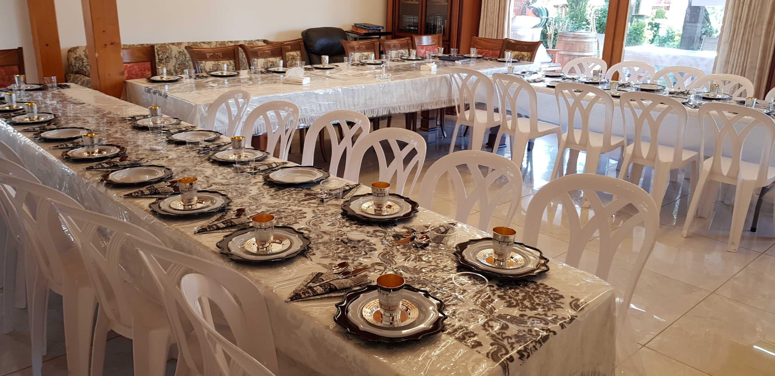 """באחוזה השוויצרית תוכלו לחוות את הנופש המושלם והאידיאלי ביותר בארץ ישראל. בהרי הגליל במרומי הר כנען שבצפת מחכה לכם אחוזה יוקרתית בת 500 מ""""ר."""